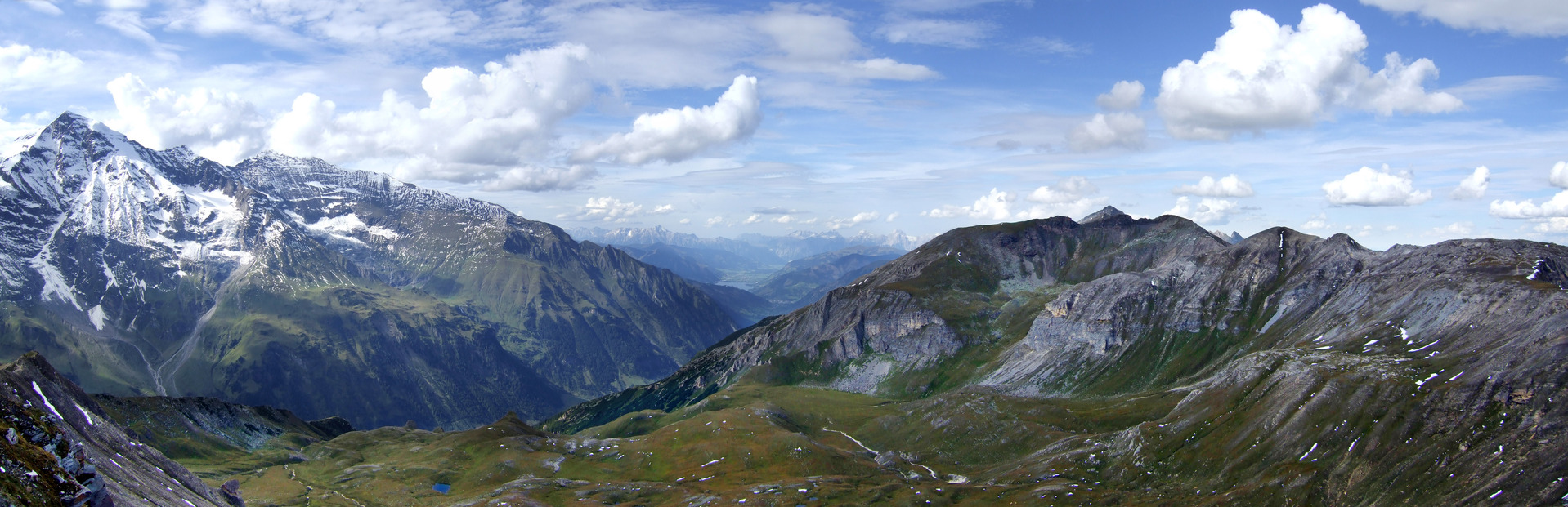 https://gasthofpost-bruck.at/de/wp-content/uploads/2016/09/grossglockner-mountain-austria-1390183-1918x620.jpg