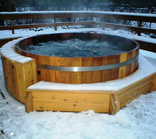 https://gasthofpost-bruck.at/nl/wp-content/uploads/2016/02/Wooden-HotTub-Whirlpool_RedCedar-22-540x480.jpg