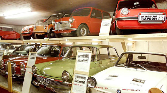 https://gasthofpost-bruck.at/nl/wp-content/uploads/2016/09/voetters-oldtimer-museum-in-kaprun-medium-16.jpg